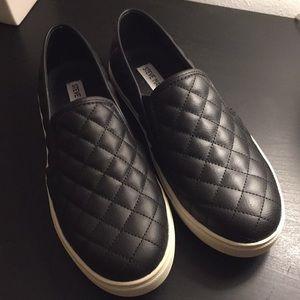 Steve Madden Black Quilted Slip-Ons